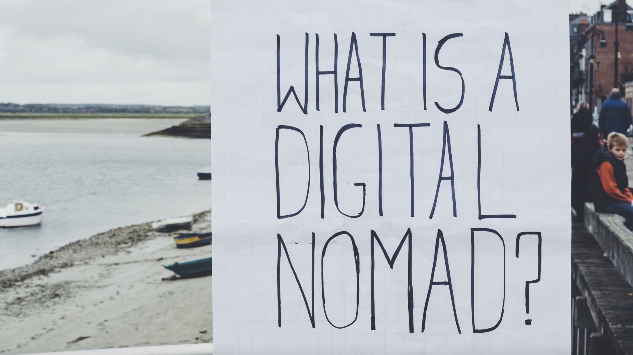 What-is-a-digital-nomad-photo-by-Everhooder